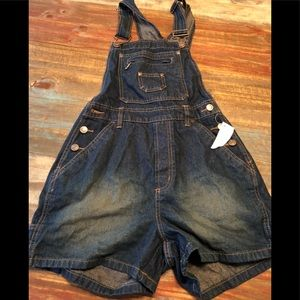 New. Overalls shorts